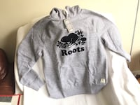 Roots sweater size large new Toronto, M1R 2X7