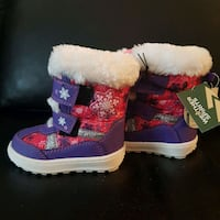 Brand new girl snow boots with tag Mississauga