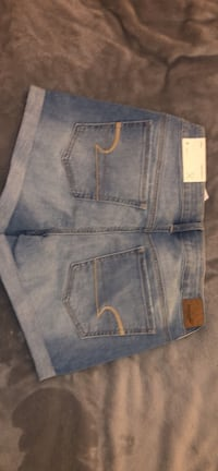 American Eagle Shorts Women's Size 8 Milford, 01757