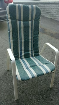 2xwhite and blue padded armchair Laval, H7X 3M2