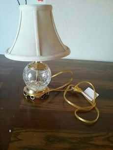 clear glass base white lamp shade table lamp