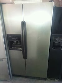 Kenmore stainless steel side by side fridge  San Bernardino, 92411