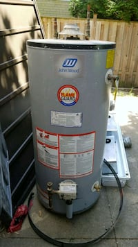 Gas water heater barely used 50 gallon Mississauga, L4W 3K1