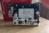 """3 1/2 """" x 5"""" Christmas Frame Includes box Mississauga, L5N 6T7"""