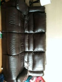 black leather 3-seat sofa Lubbock, 79414