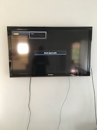 black LG flat screen TV Alhambra