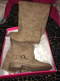 Tan over the knee boots in box Pittsburg, 94565
