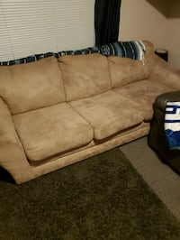 Good condition comfy couch  Langley, V3A 8K8