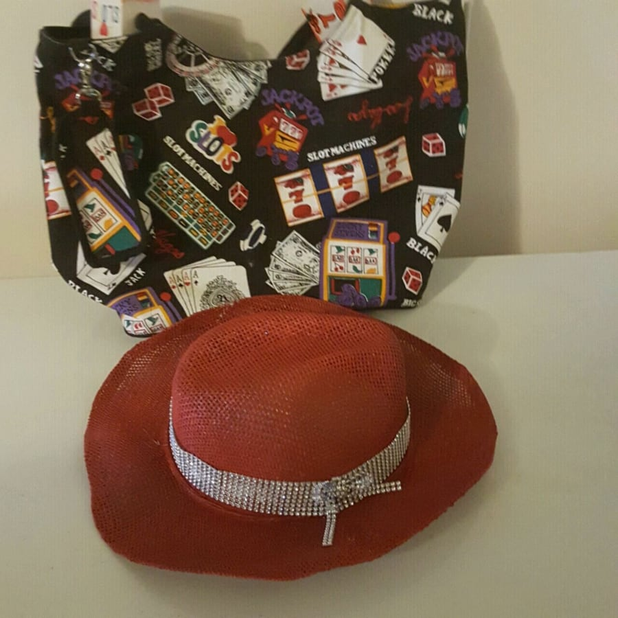 Travel bag and hat.