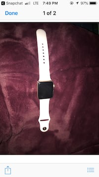 Rose Gold Apple IWatch 42mm Like New condition only 6 months old Series 3 Portsmouth, 02871
