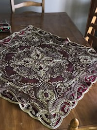 Hand made table cover Ottawa, K4A 4J6