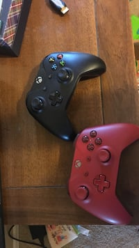controllers for Xbox one 15 each or 35 for set Queen Creek, 85142