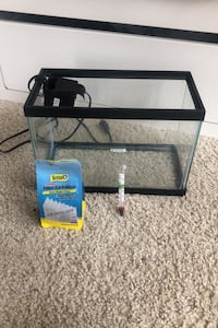 5 gallon fish tank with filter and filter cartridges