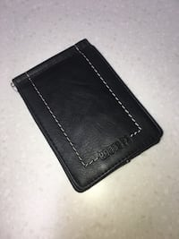 roots leather wallet like NEW! London, N5W 1E8