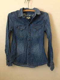 Madewell Jean button up size XS Oklahoma City, 73145