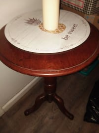 Cherry end table Lewes, 19958