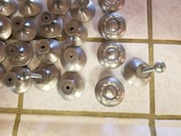 37 Brushed stainless knobs Bakersfield, 93311