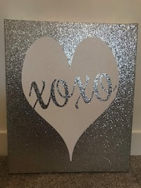 XOXO sparkly canvas