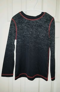 Boys Size Small Active Wear Top.