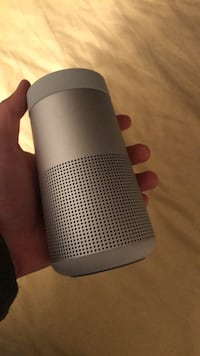 Bluetooth Bose Speaker / BRAND NEW