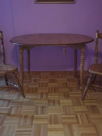 solid wood dining table 2 chear