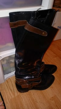 Size 9  Kelly and Katie boots black and brown buck Indianapolis, 46237