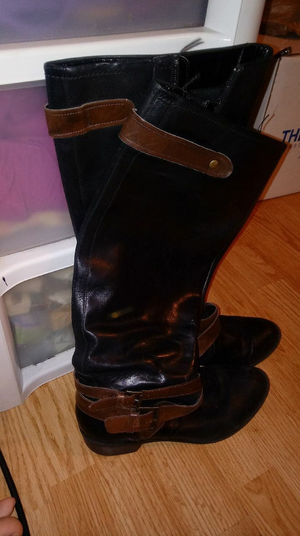 Size 9  Kelly and Katie boots black and brown buck c0e3e120-9f5b-461c-9e0f-a21025c60f0d