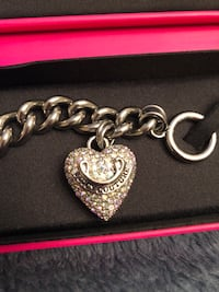 Juicy couture bracelet  793 km