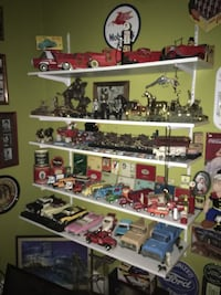 Tin toys from 40s and up hundreds to choose to trade for other tin toys I need to complete my buddy l collector disease lol