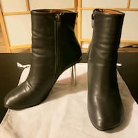 Ankle boots  Calgary, T2G 4Z9