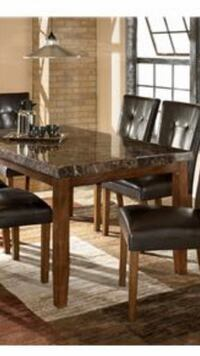 Dining Room Table Toronto, M1L 0A9