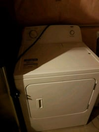 Dryer White front clothes dryer  New Tecumseth, L9R 1V2