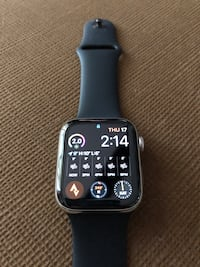 Apple Watch 5 Stainless Steel LTE 44mm Mississauga, L5H 3A1