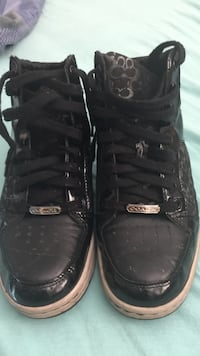 Black leather and signature coach tennis shoes 9b