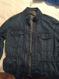 Woman's Gap denim jacket size XL Laval, H7X 3R8