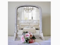 Antique stand alone shabby chic milk paint mirror  Mississauga, L5G 2K4
