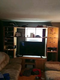 Pine wood tv unit. Hand made. Tv NOT included Winnipeg, R3C 1Z1
