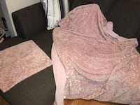 Throw blanket and pillow sham
