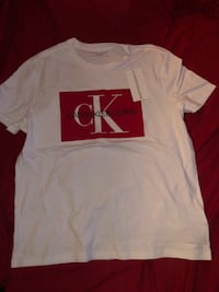 white and red crew-neck t-shirt Downey, 90241