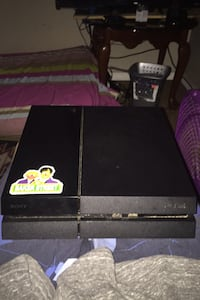 Ps4 comes with cords no contoller