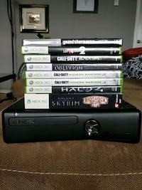 Xbox 360, games, cables & 2 Controllers  Vancouver, V5L 3W8