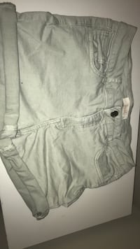 Pale Green Women's shorts Mississauga, L5N 2H4