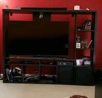 Entertainment Center holds up to a 60in. TV Woodbridge, 22193