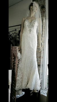 Allure wedding dress/ with custom made vail  Hamilton Township, 08610