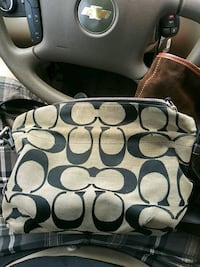 Coach Shoulder Bag (Purse) New Braunfels, 78130