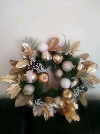 BEAUTIFUL LARGE CHRISTMAS WREATH Chantilly