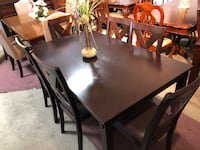 Solid Wood Table & 6 Chairs On Sale For the Holiday! New York, 11435