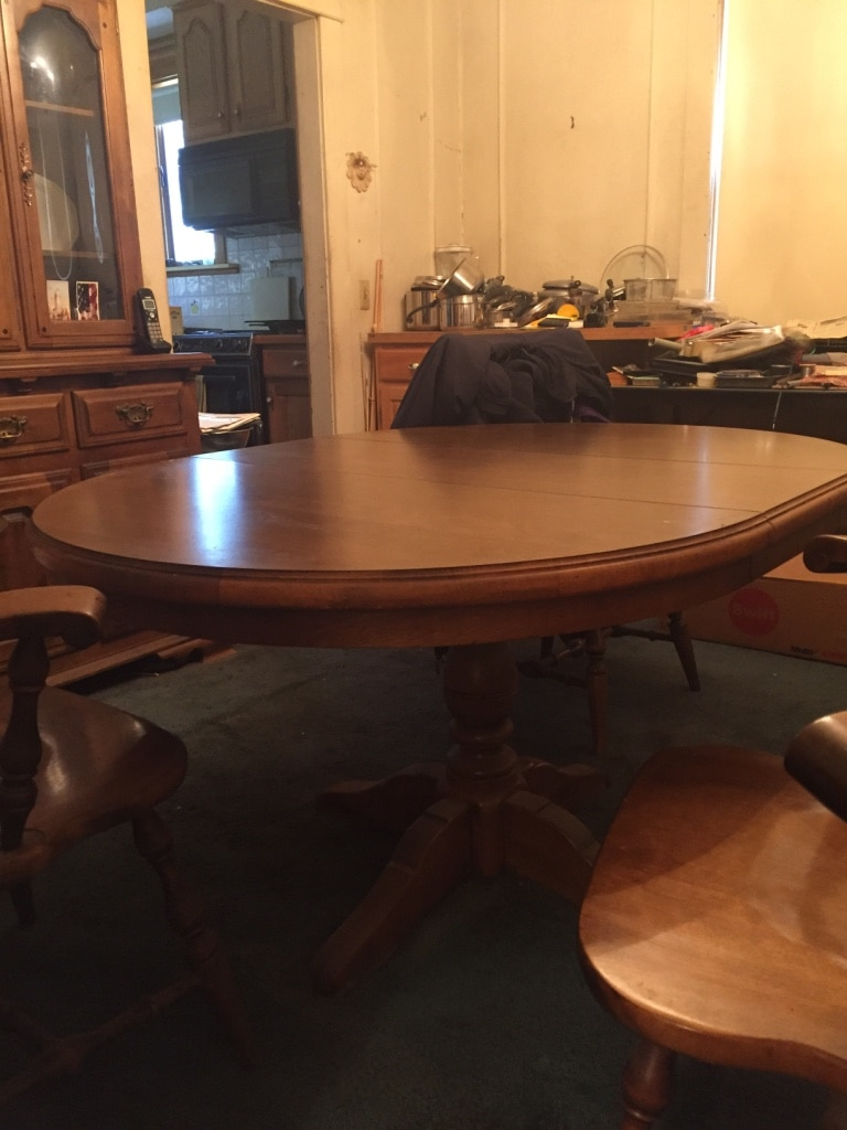 Early American Temple Stuart Dining Set In Providence   Letgo Part 77