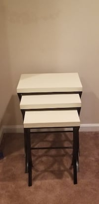 Set of 3 end tables Bowie