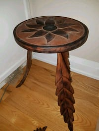 Beautiful Handmade Decorative Side Table  536 km